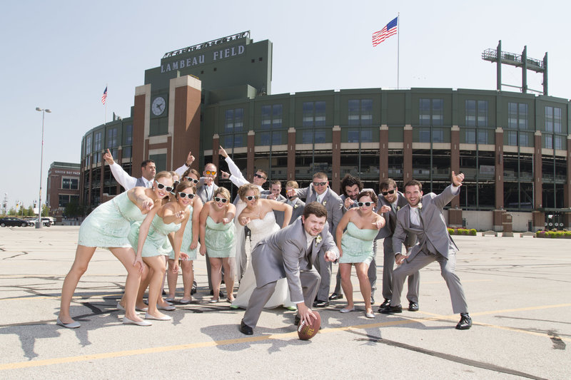 AmandaGregWeddingS299 wedding party lambeau field packer wedding football wedding green bay wedding photographer willow marie photography