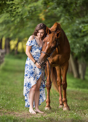 Pennington New Jersey Molly and Dezi senior portrait