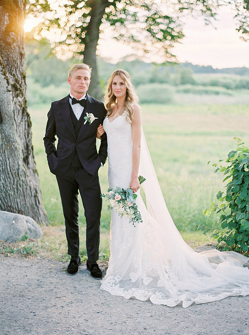 059-bride-and-groom-photos-södertuna-slott
