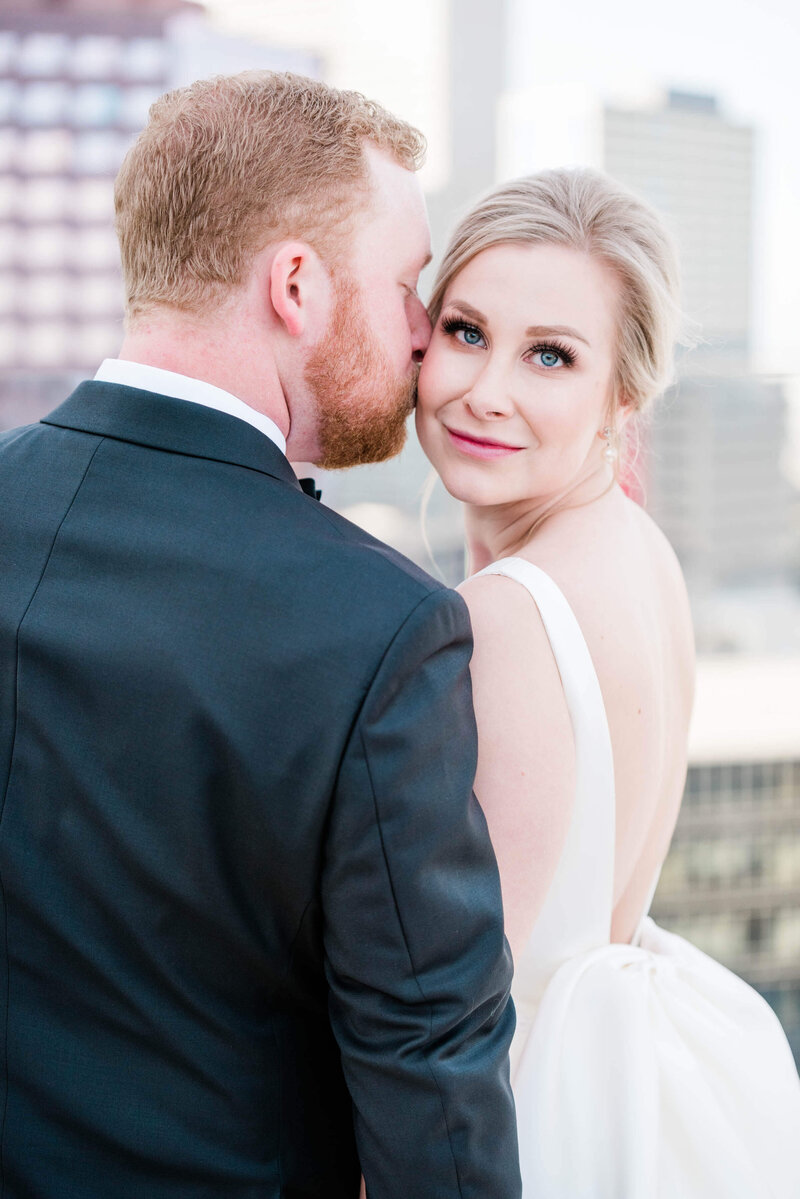 Bride and groom portraits in downtown Dallas, Texas