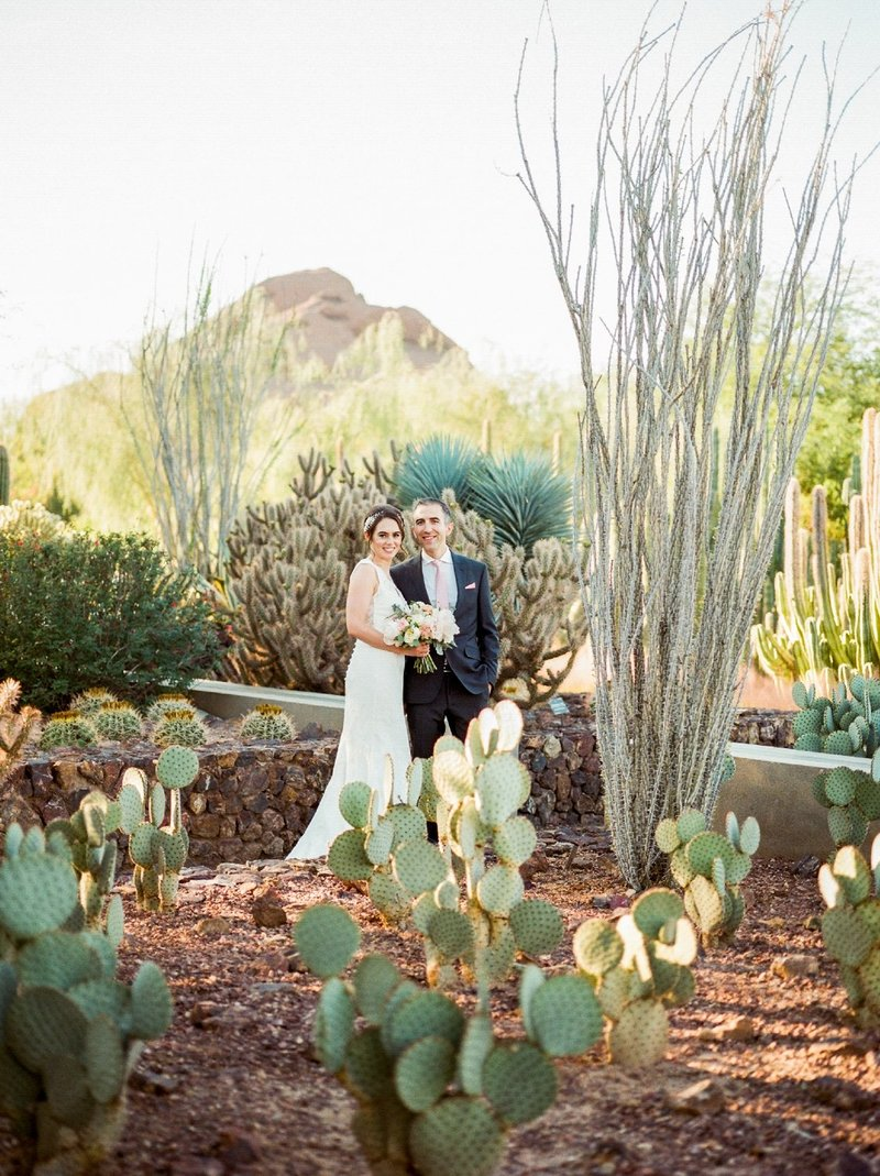 wedding-at-the-desert-botanical-gardens_0921