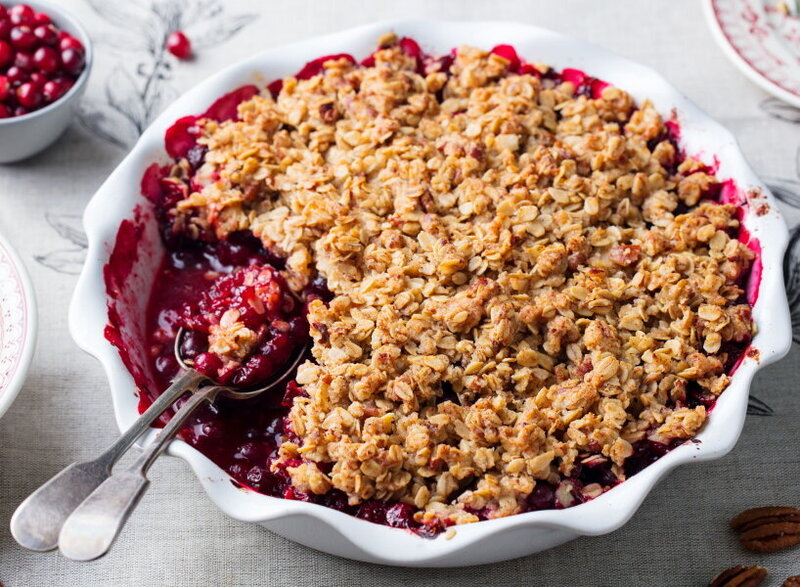Cran-Apple Crisp 107516958_rf_Rsz