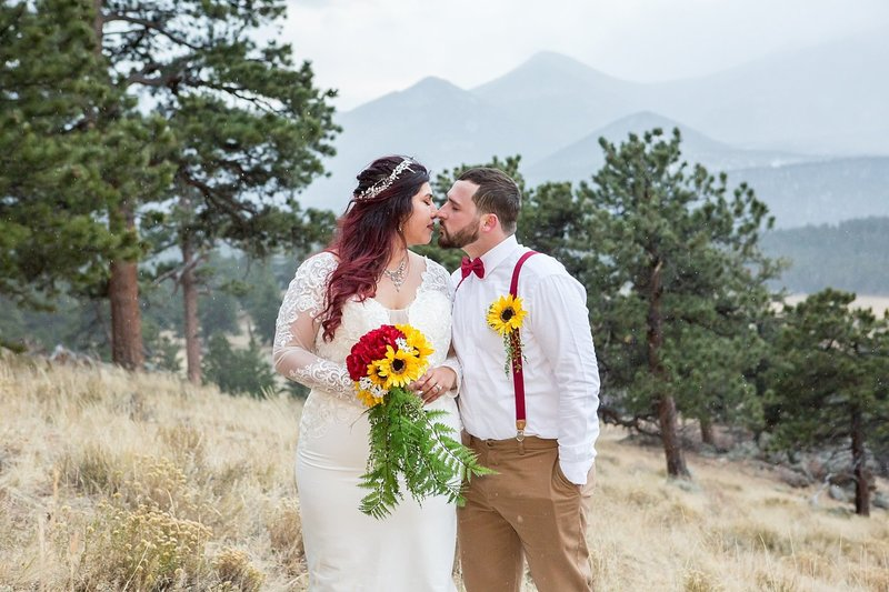 Denver wedding photographer capturing couple portraits in the mountains