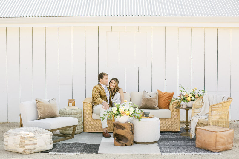 TheWhiteBarn-Lounge-KelleyWilliamsPhotography-1