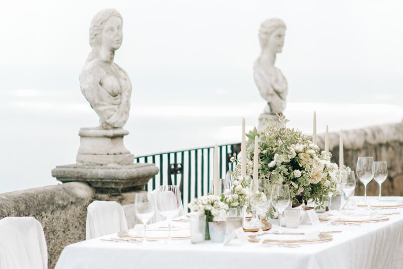 015_Villa_Cimbrone_Amalfi_Coast_Luxury_Wedding_Photographer (15 von 101)_Flora and Grace is a luxury wedding photographer at the Amalfi Coast. Discover their elegant and stylish photography work at the Villa Cimbrone.