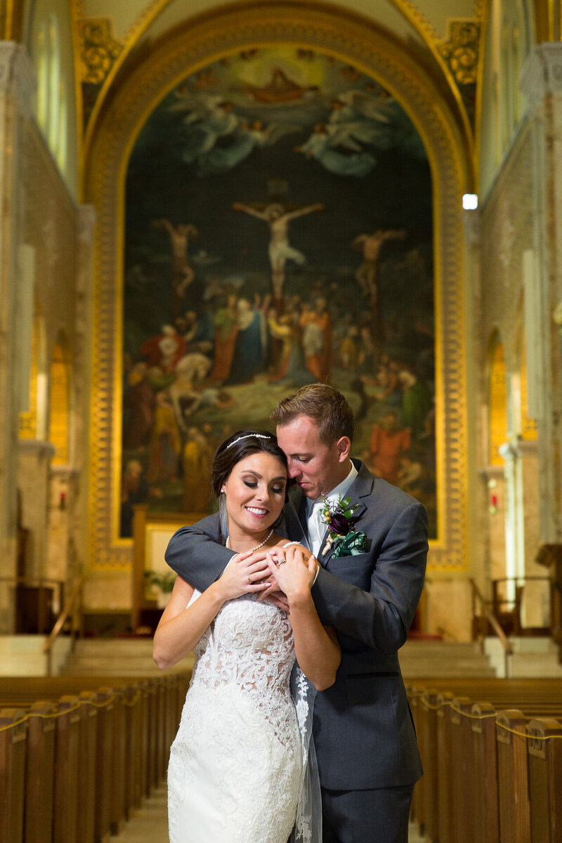 downtown detroit catholic wedding