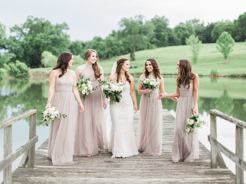 Jordan-and-Alaina-Photography-Nashville-Wedding-photographer-nolensville-mint-springs-farm-bridesmaids