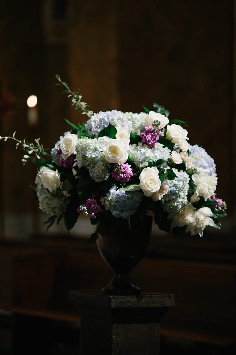 Ceremony-Church-Floral