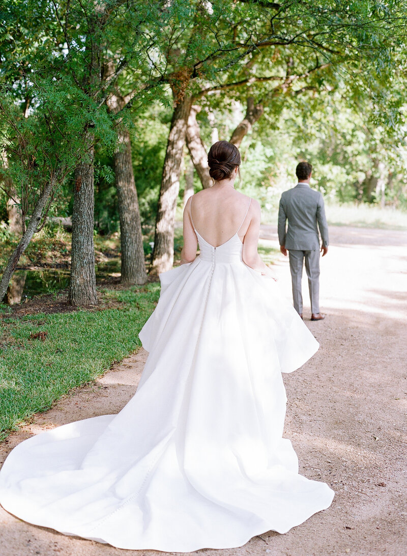 maggie-brent-pecan-spring-branch-wedding-contigo-ranch-frederickburg-39