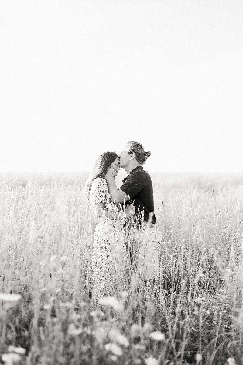 Pennsylvania Countryside Engagement Session by Emi Rose Studio (156)