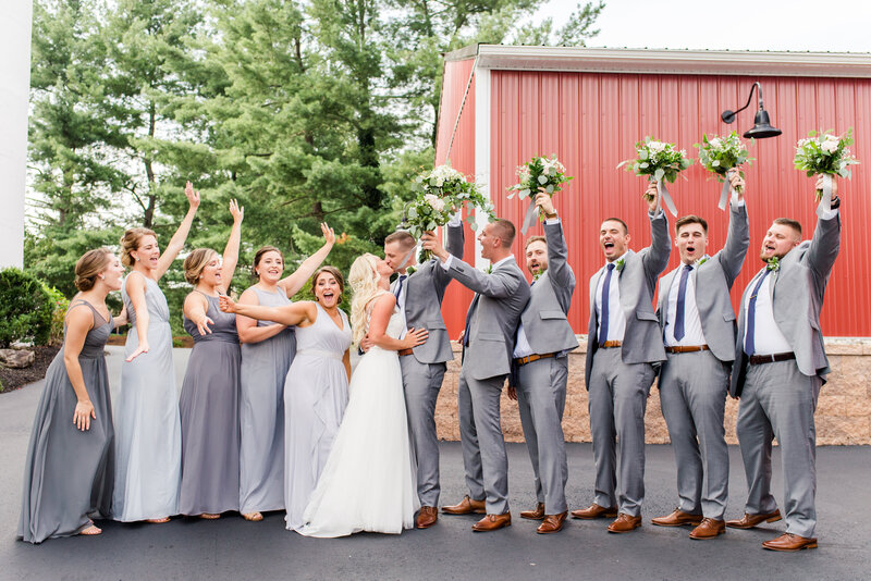bridal-party-look-barn-on-bridge-wedding-photographer-andrea-krout-photography-35
