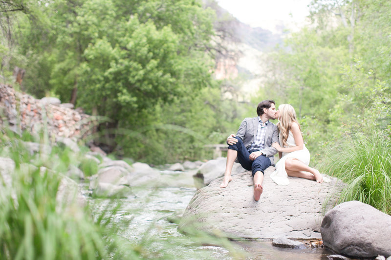 Outdoor Forest Engagement Session Sedona, Arizona | Amy & Jordan Photography