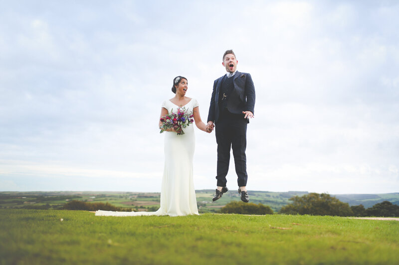 YORKSHIRE-WEDDING-LOTS-OF-LAUGHTER-MARQUEE-AND-CHUCH-0076