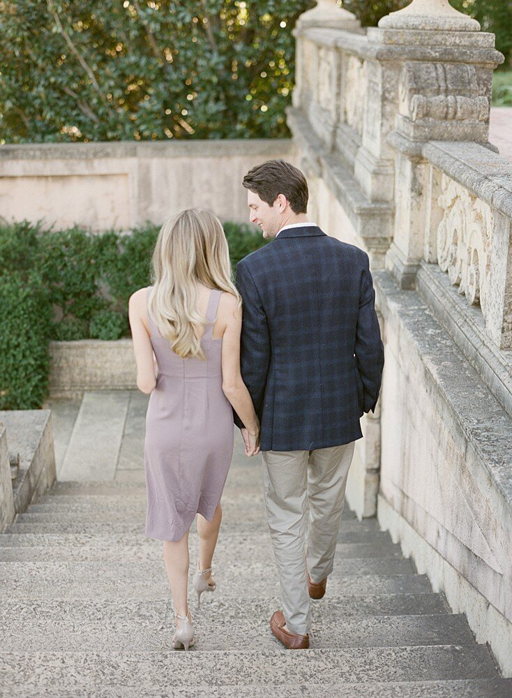 tulsa-wedding-photographer-engagement-session-at-the-philbrook-museum-laura-eddy-photography_0006