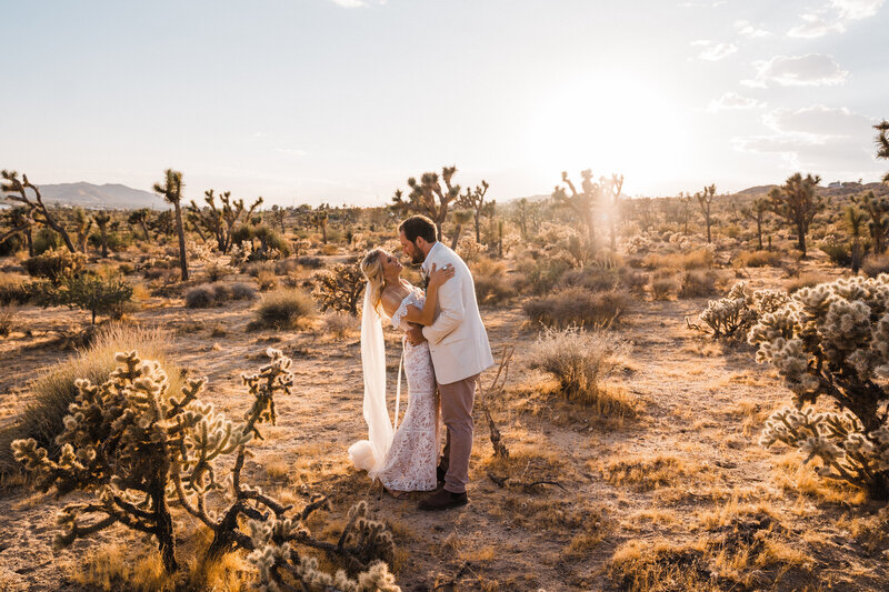 joshua-tree-motorcycle-boho-intimate-wedding-california-photographer-4