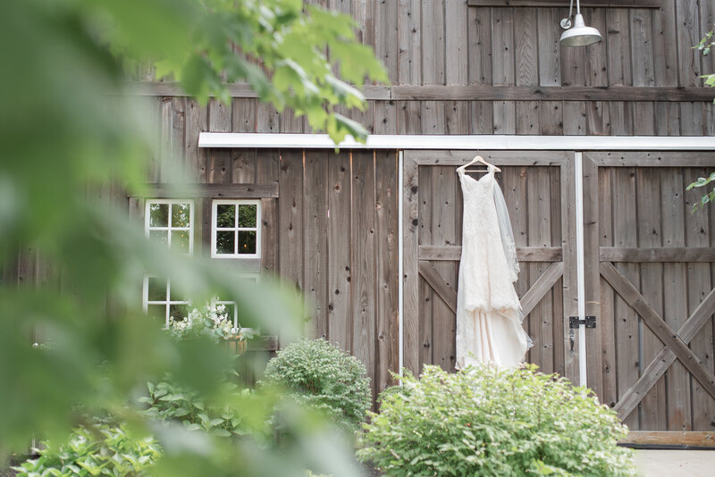 blush dusty blue Heritage Alpaca Farm wedding indiana wedding venue indiana wedding photographer rose courts photography
