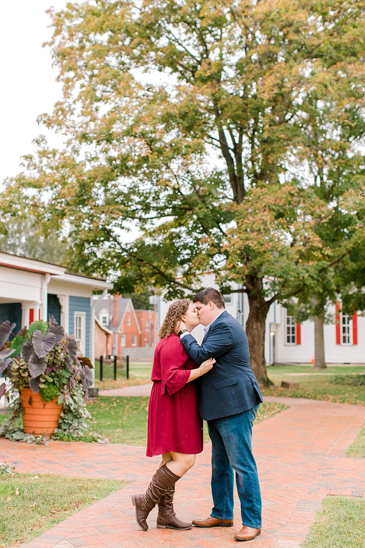 Engagement-Session-Downtown-LaGrange-Kentucky-Photo-by-Uniquely-His-Photography023