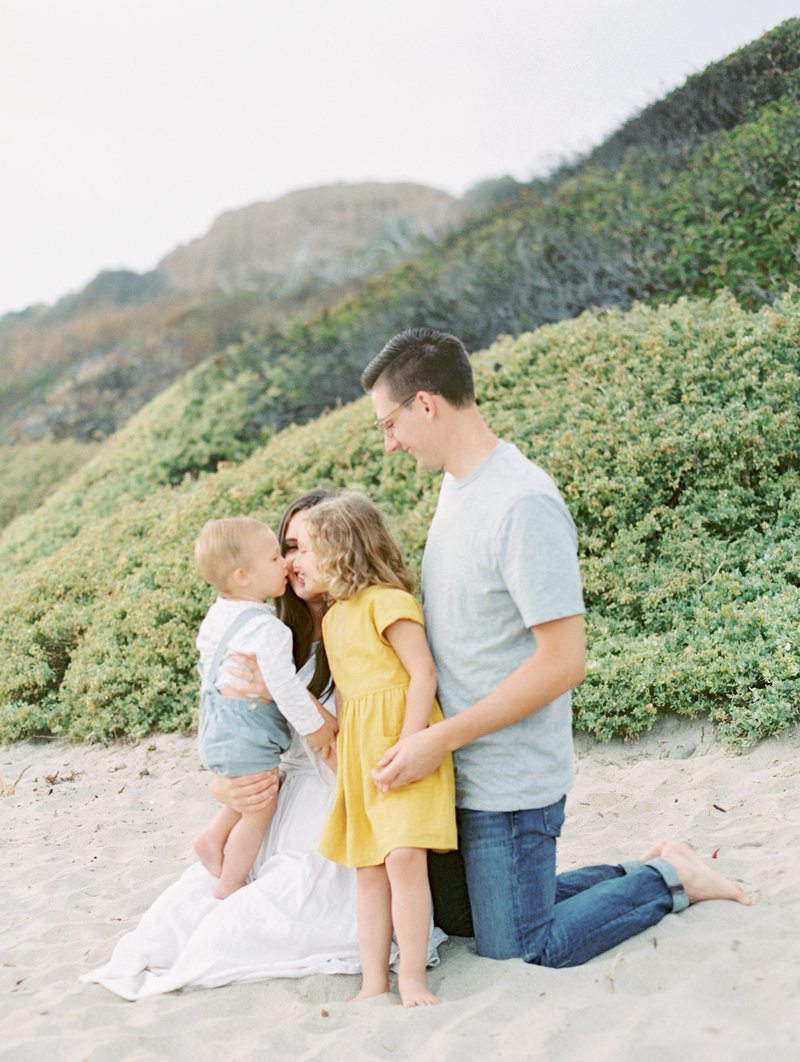 family_session_kelsey_cowley_crystalcove-51