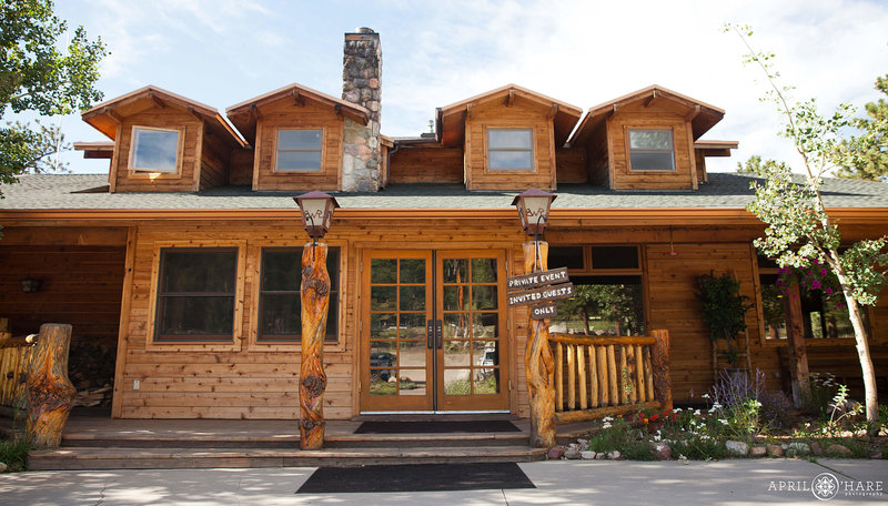 Colorado-Mountain-Wedding-Venue-in-Allenspark-Wild-Basin-Lodge