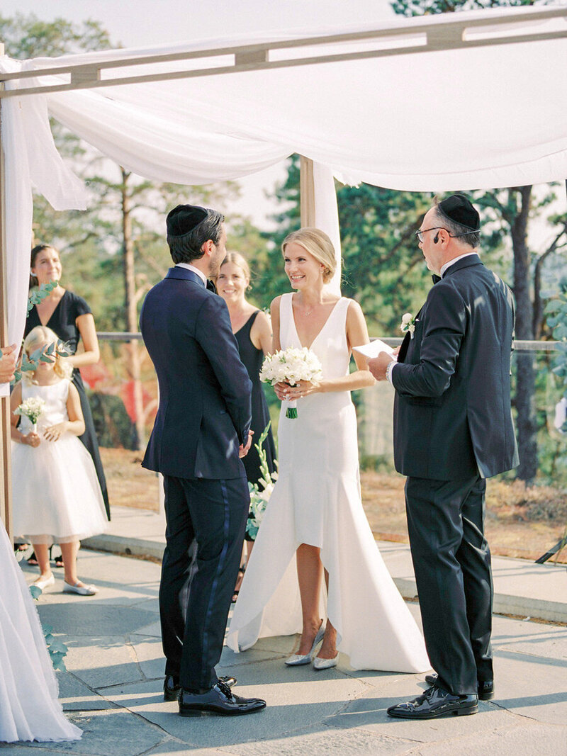 018-under-the-chuppah