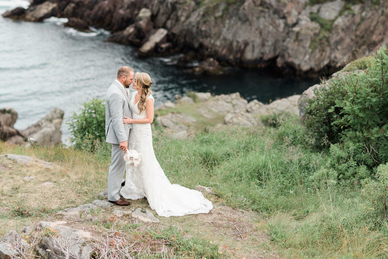 Red Deer Photographers-Raelene Schulmeister Photography- wedding photos-wedding photos at Cuckold's Cove in St. John's, NL-Destination wedding-Planning a wedding on the East Coast