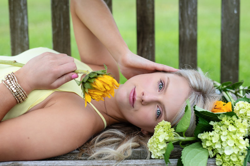 sharon-holy-photography-chardon-cleveland-ohio-senior-photographer-117