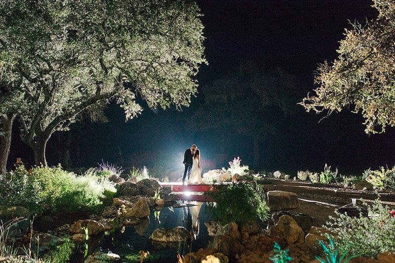 Eagle Dancer Ranch in Boerne Texas Wedding Venue photos by Allison Jeffers Photography_0089