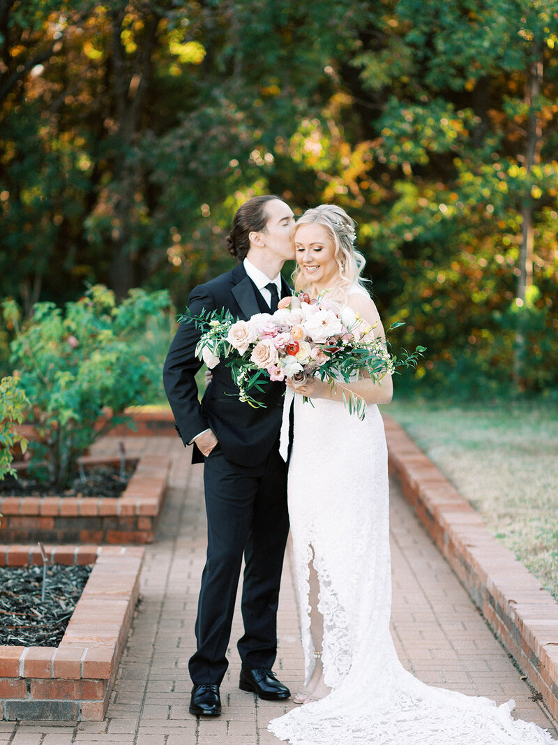 Romantic Garden Party at Clark Gardens Dallas Wedding (14)