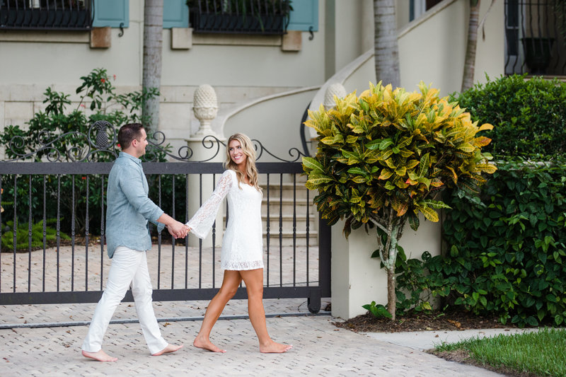 Naples-engagement-photographer-35