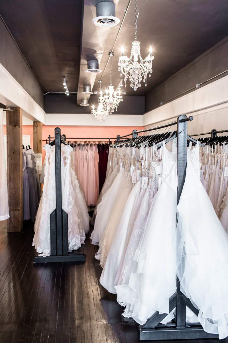 medina-ohio-akron-cleveland-wedding-bridal-dress-shop-boutique050