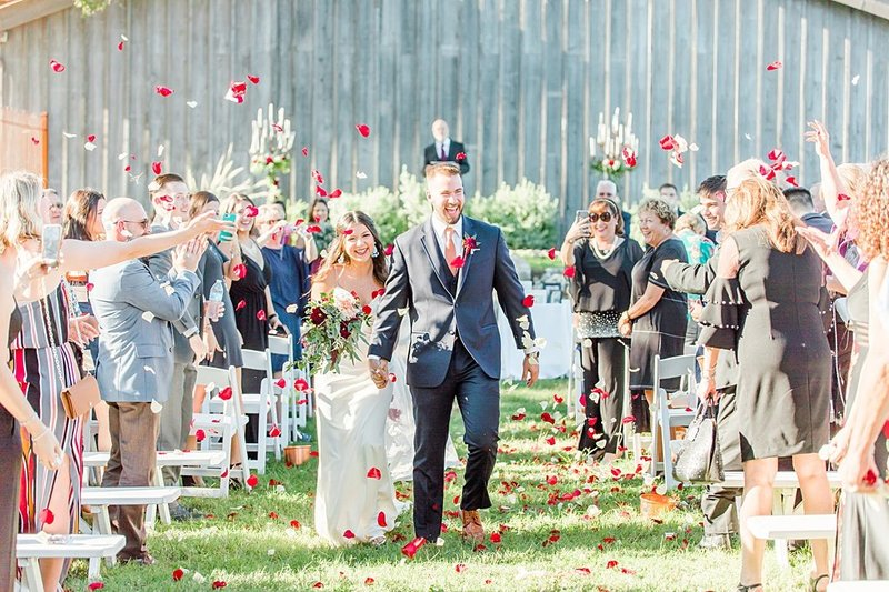 Eagle Dancer Ranch in Boerne Texas Wedding Venue photos by Allison Jeffers Photography_0049