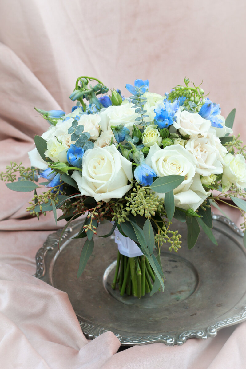 florist-greenwich-new-york-connecticut-designer-preservation-floral-wedding-westchester-bouquet-blue-delphinium-11