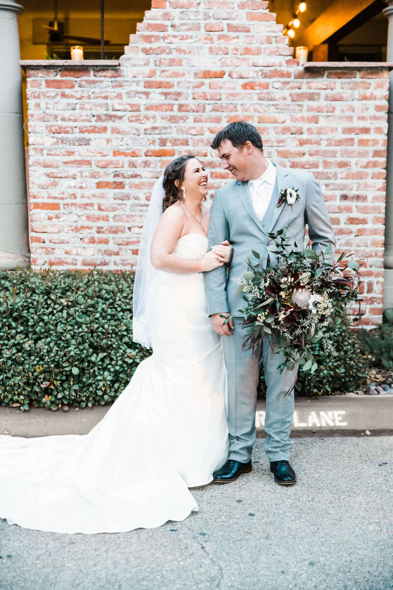 Allyson-taylor-venue-fourty-50-wedding-dallas-wedding-photographer-Addison-texas-wedding-white-orchid-photography-131