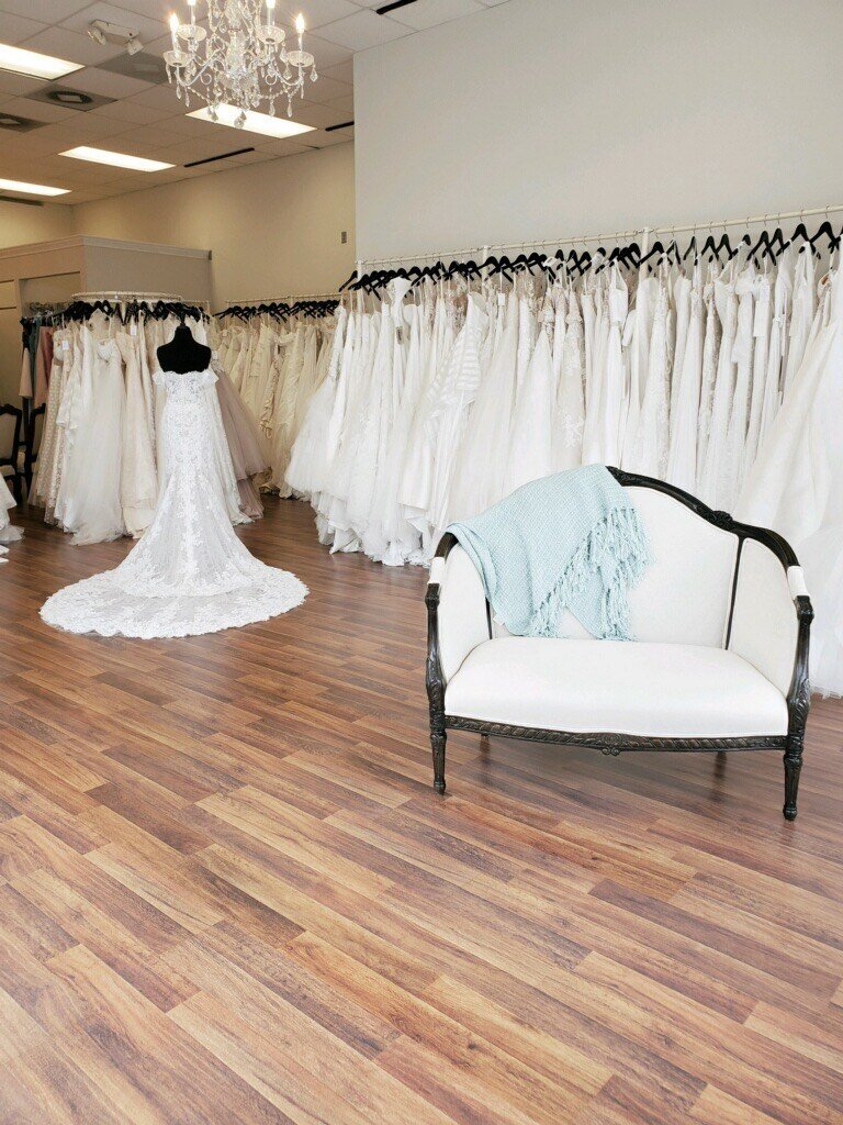 Fabulous Frocks Boutique Nashville Louisville Shreveport Kansas City Charlotte Bridal Gowns Designer Discount Off the Rack Discounted Sale Sample Gown Dresses Bride Dress5