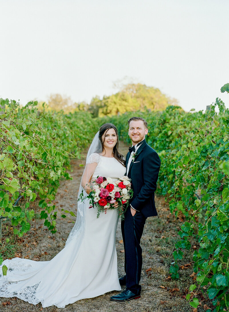 stephanie-aaron-wedding-vineyards-at-chappell-lodge-114
