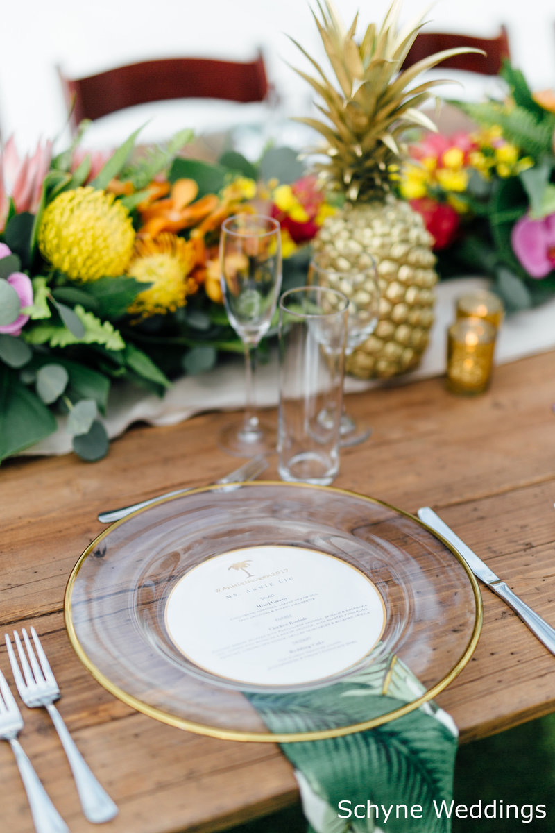 WM Gold rim chargers printed napkin