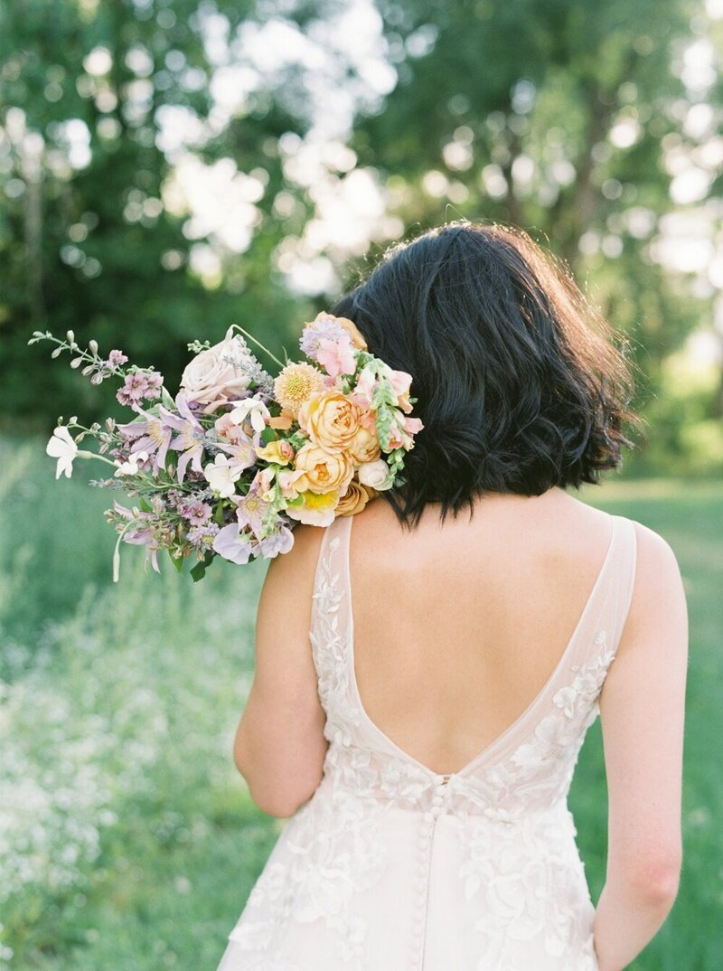 Lush and Romantic Wedding at a Flower Farm_0009