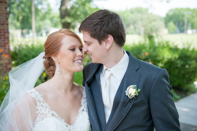 Fargo Wedding Photography by Kris Kandel LLC (7)