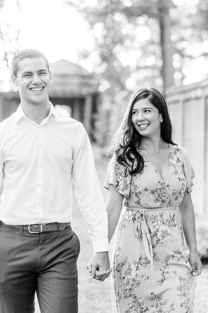 Crane_Estate_Engagement_Portraits_in_Boston_by_Wedding_Photographer_Lauren_R_Swann__0084-photo