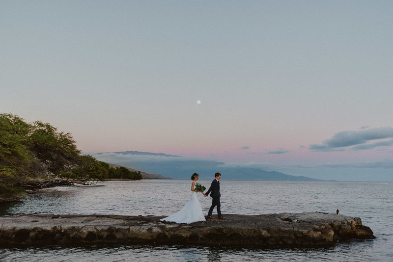 Olowalu-Plantation-House-Wedding-Maui-Elopement-Chelsea-Abril-Photography-Hawaii-Photographer