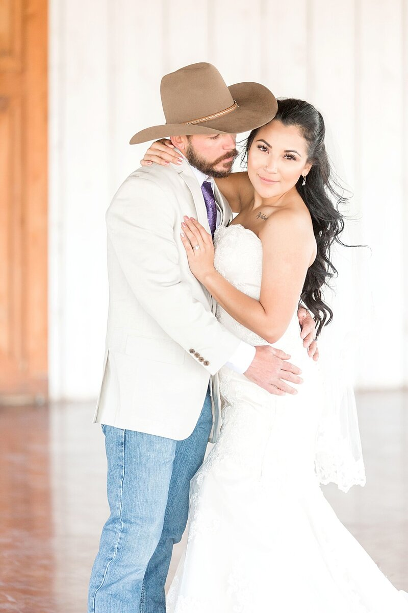 Austin-Texas-Barn-Wedding35