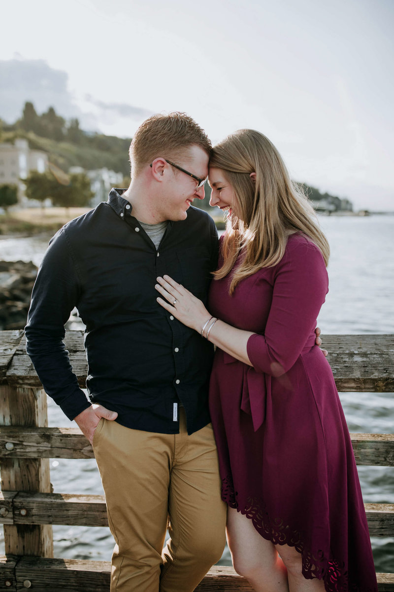 Alki-Beach-and-Lincoln-Park-Sunset-Engagement-Seattle-Melissa+Michael_7