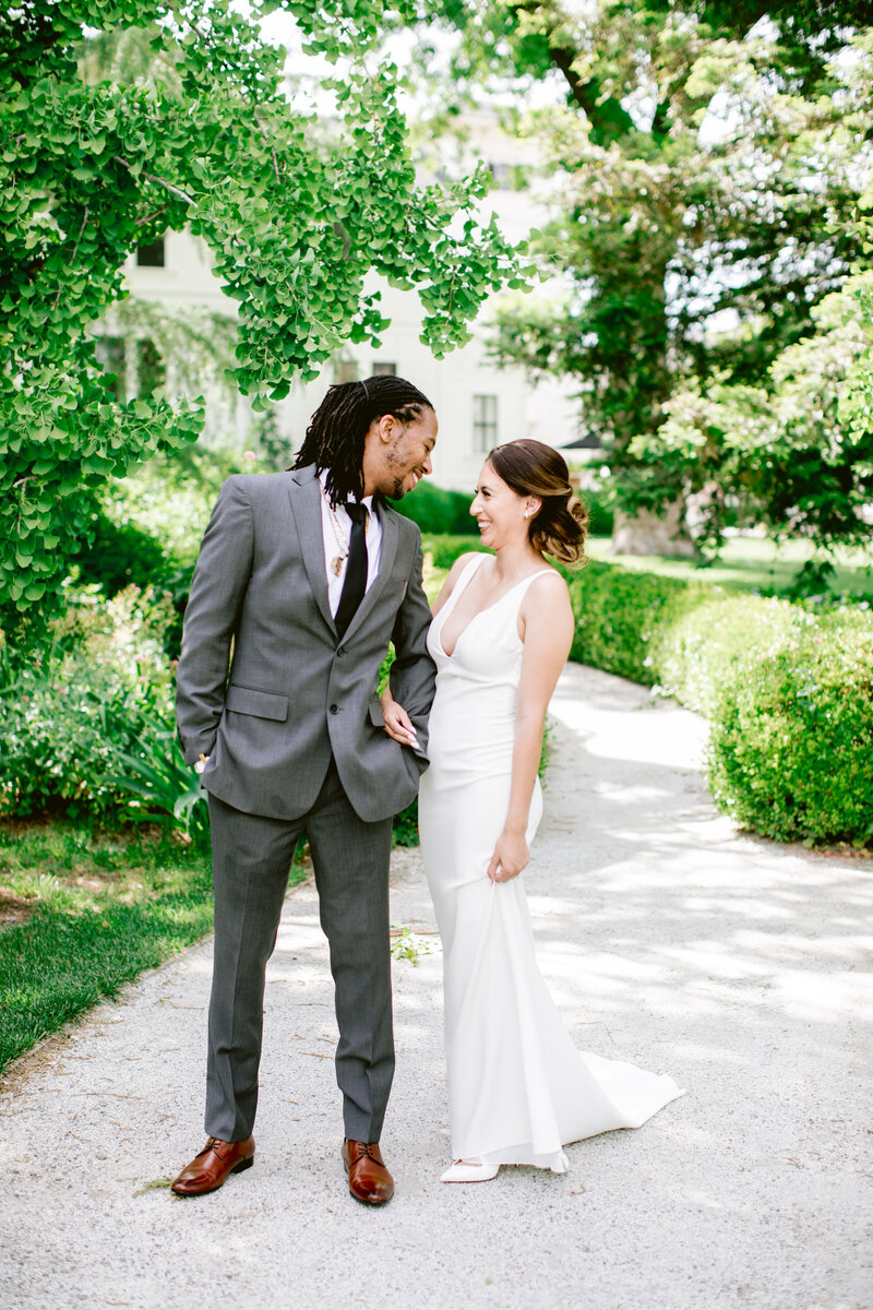 wendy-kevon-park-winters-wedding-contigo-ranch-frederickburg-47