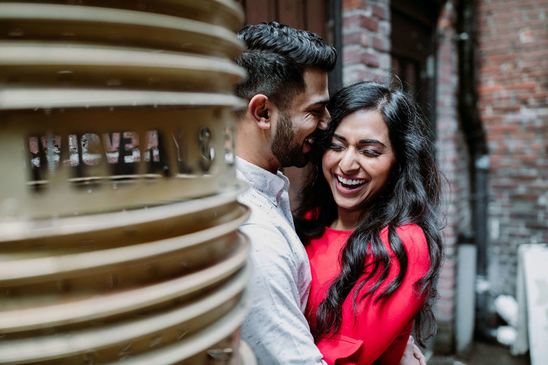 Ruby+Ash_Pioneer_Square_Engagement_Seattle_engagement_photographer_APW_50