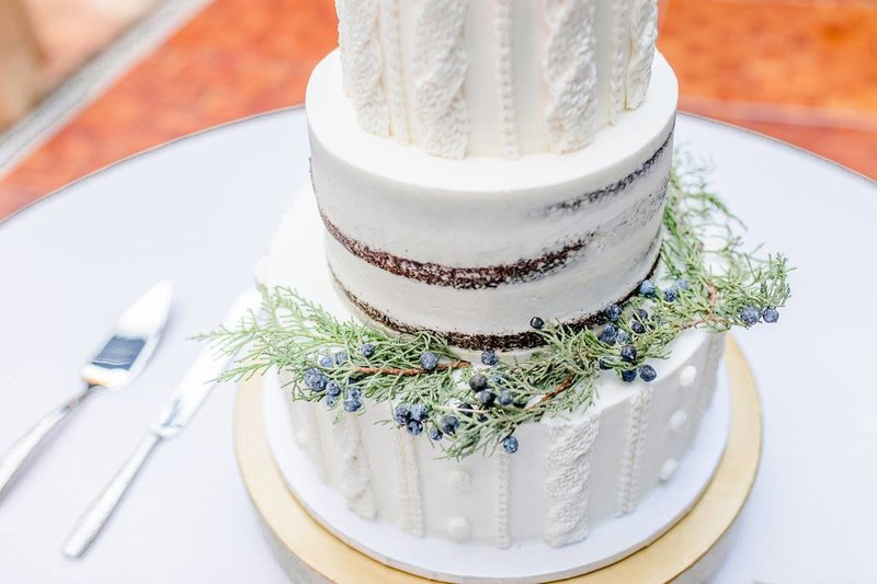 inn-at-st-johns-wedding-cake-design