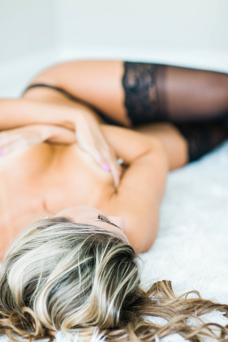 Virginia Beach fine art boudoir photographer