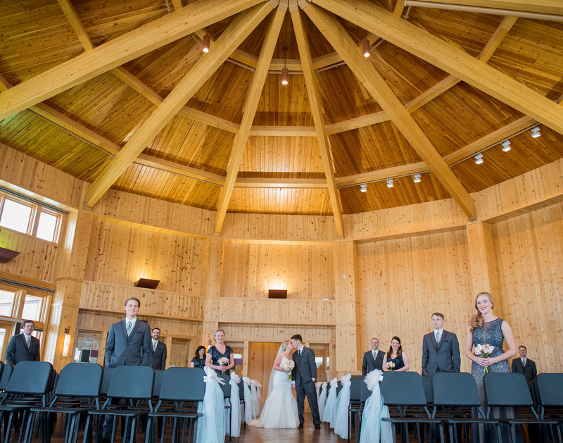 Bluestem center Fargo Wedding Venues photographer Kris Kandel (4)