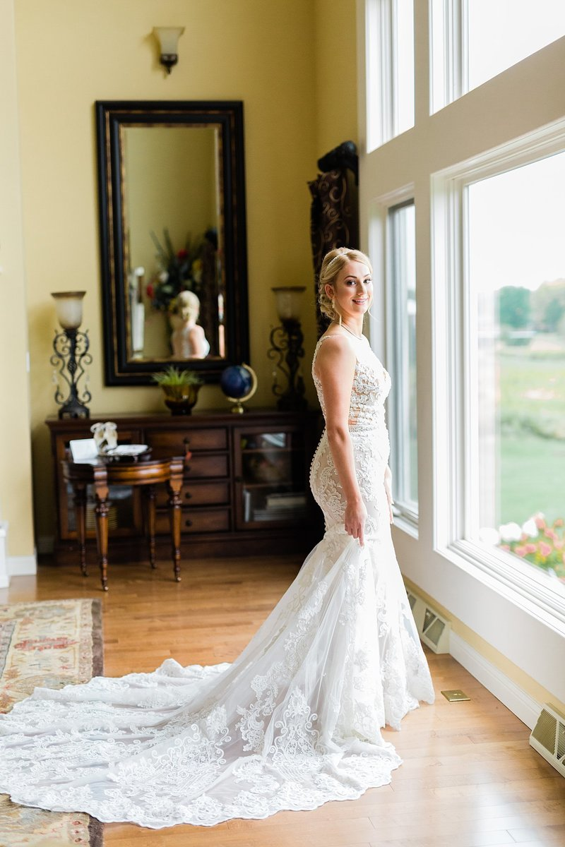 13-Wisconsin-Classic-Country-Club-Catholic-Wedding-James-Stokes-Photography