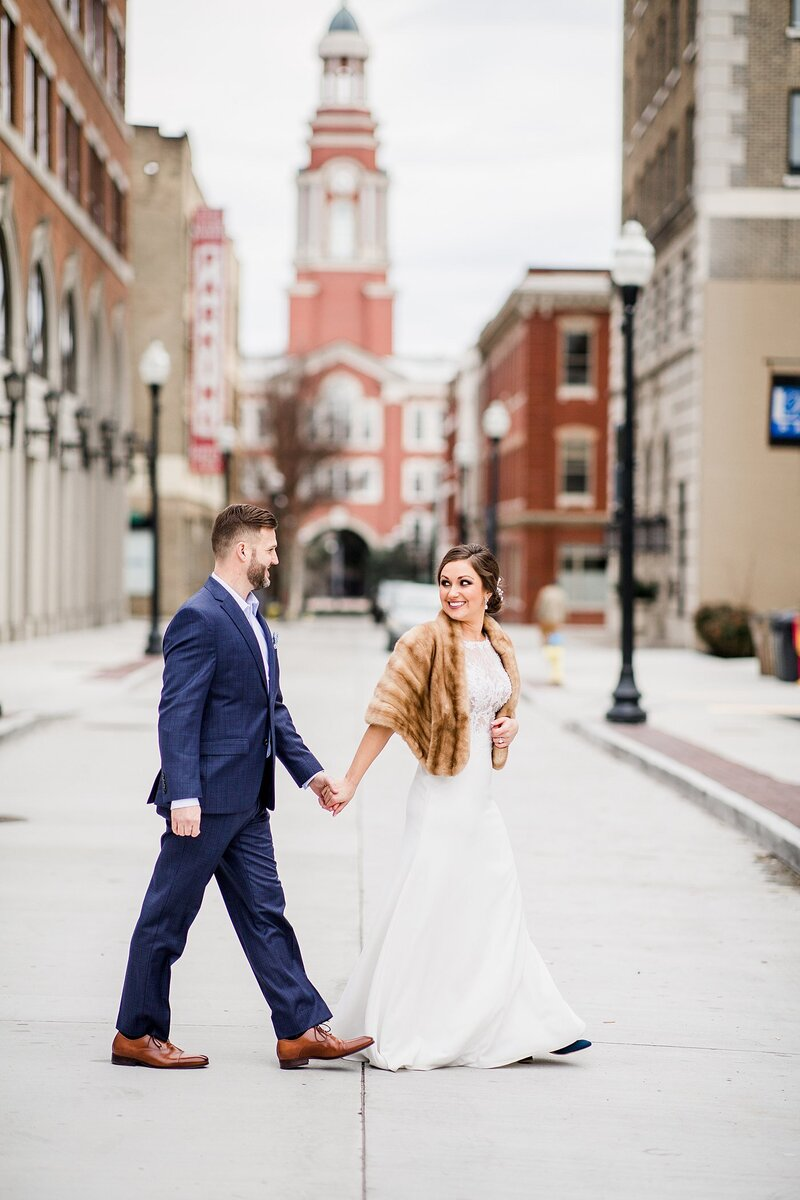 Bride wearing faux fur wrap by Knoxville Wedding Photographer Amanda May Photos