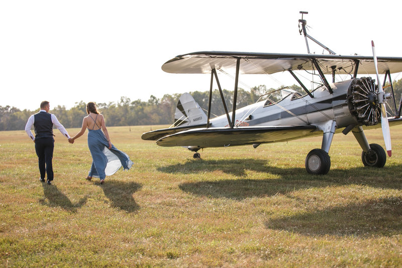 adventure airplane  engagement photographer